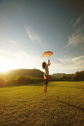 fly,girl,umbrella,%D8%AF%D8%AE%D8%AA%D8%
